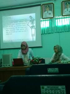dr. Eka (kiri) dan dr. Rina (kanan)