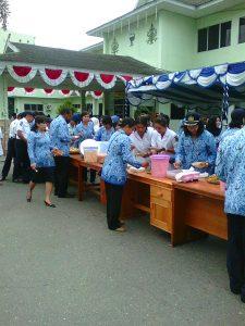 Sarapan pagi bersama keluarga besar RSUD Kapuas setelah Upacara HUT RI dihalaman rumah sakit
